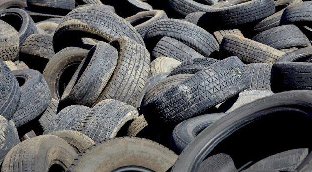 Reducing Tire Waste By Using Completely Degradable
