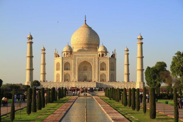 What S In The Grime Tarnishing The Taj Mahal American