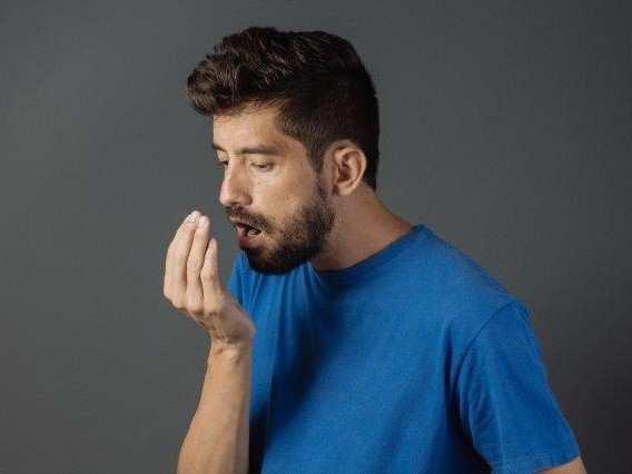 Sensor detects whiff of bad breath